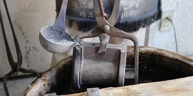 伝統工芸士が手掛ける「鋳造」